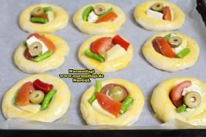 k-cicek pogaca, gül pogaca, pizza pogaca, karniyarik pogaca, bir hamurdan 6 cesit pogaca tarifi (23)