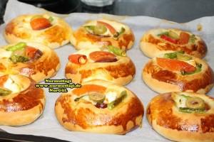 k-cicek pogaca, gül pogaca, pizza pogaca, karniyarik pogaca, bir hamurdan 6 cesit pogaca tarifi (36)
