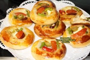 k-cicek pogaca, gül pogaca, pizza pogaca, karniyarik pogaca, bir hamurdan 6 cesit pogaca tarifi (41)