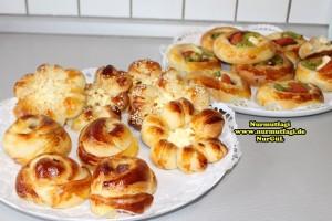 k-cicek pogaca, gül pogaca, pizza pogaca, karniyarik pogaca, bir hamurdan 6 cesit pogaca tarifi (61)