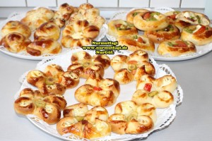 k-cicek pogaca, gül pogaca, pizza pogaca, karniyarik pogaca, bir hamurdan 6 cesit pogaca tarifi (66)
