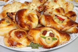 k-cicek pogaca, gül pogaca, pizza pogaca, karniyarik pogaca, bir hamurdan 6 cesit pogaca tarifi (71)